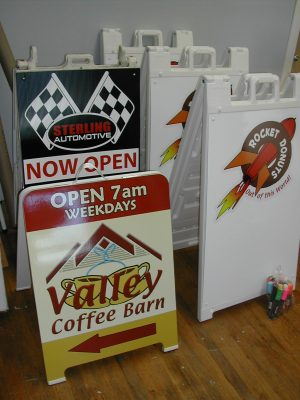 Plywood vs Plastic A-board Frame signs, which are better?